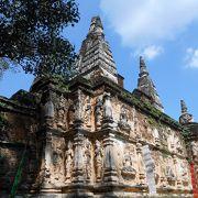 ヒンドゥー様式の静かなお寺