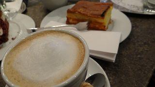 カフェ グロリア