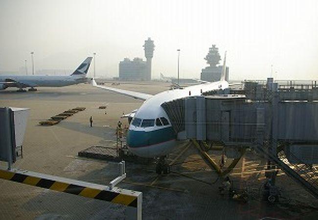 搭乗スポットも多く、便利な空港です
