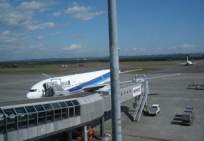 空港もさすが千歳 広い広い