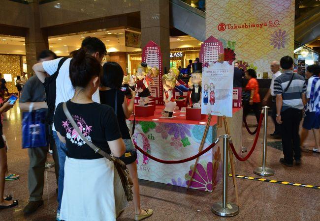 シンガポール高島屋20周年記念のローズ人形展のワンショット