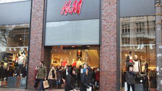 H&M (ガーホーフ通り店)