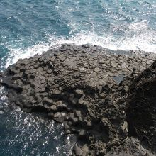 大浦海岸柱状節理帯2