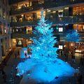 何をさしおいても観に行くべき 究極のクリスマスツリー 【WHITE KITTE/雪のクリスマスツリー】