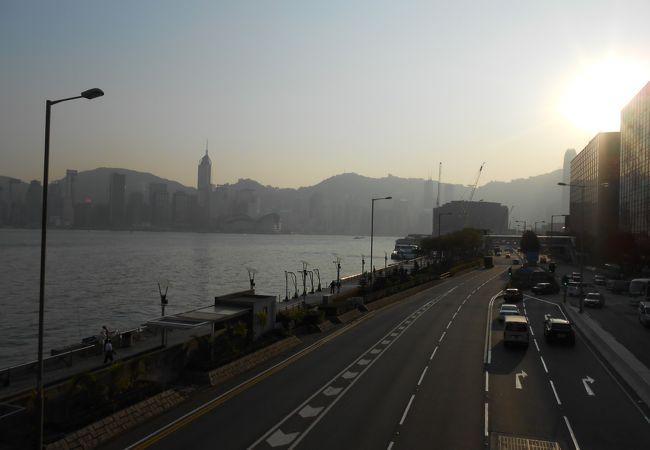 香港のウォーターフロント?