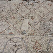 無造作に放置されたローマ時代のモザイク