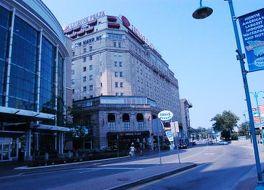 クラウン プラザ ホテル ナイアガラ フォールズ フォールズ ビュー 写真