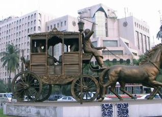 ホテル ルポシ バングラ 写真