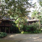 チェンマイの民家を移築したもの。