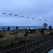 新潟まで続くヒスイ海岸