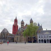 教会を眺める絶好の場