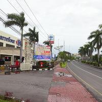 カルフール (デンパサール店)