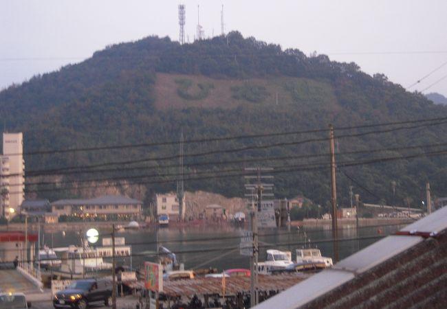 かきおこ(牡蠣を入れたお好み焼)で有名になった赤穂線の日生駅