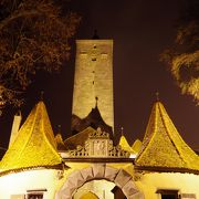 夜のブルク門