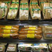 ボリュームたっぷり・ABCストアのサンドイッチ