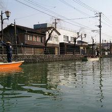 川下り。冬のこたつ舟もあたたかくていいですよ♪