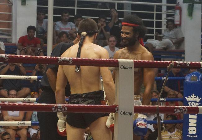 バングラ ボクシング スタジアム