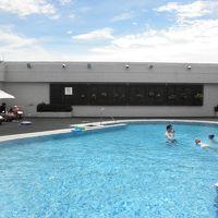 屋上の屋外プール