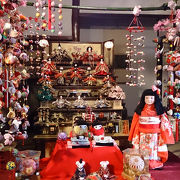 柳川の町あちこちにさげもんが飾られてます。