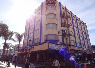 ホテル ネルソン 写真