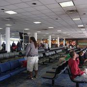 USエアウェイズのハブ空港