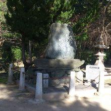 与謝蕪村の句碑 (佐太天神宮)