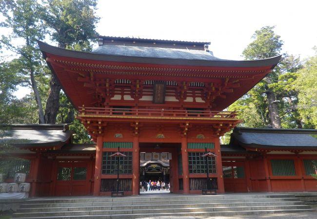 国の重要文化財に指定されている楼門