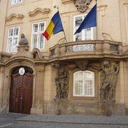 プラハ城を見た後に写真を撮りながら坂道を下るのがお薦めです