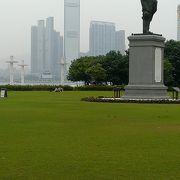 マカオからフェリーで香港到着時に見える公園