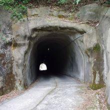 沖泊トンネル
