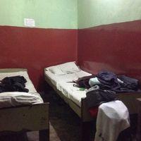 二つのベッドが置いてあるだけのシンプルな部屋。