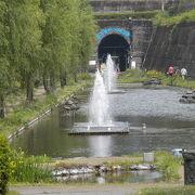 入口は親水公園です