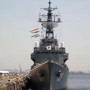 自衛隊護衛艦『やまゆき』に乗船しました。