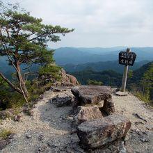 愛知県奥三河の紅葉名所。新緑ハイキングが気持ちいい!