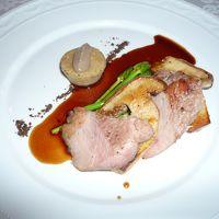 肉料理; 私はイベリコ豚にキノコとオリーブのソース。