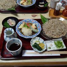 そばがきと手打ち蕎麦のセット1500円