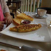 朝ごはんはレストランでオーダー式