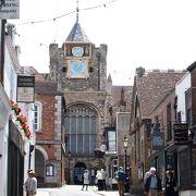 イングランドで最も古い時計が動いているのが見れます