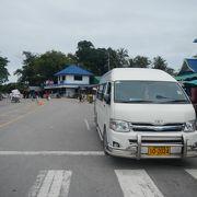 カンボジア国境からトラートまで120バーツ。