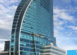 ザ ブルースカイ ホテル アンド タワー 写真