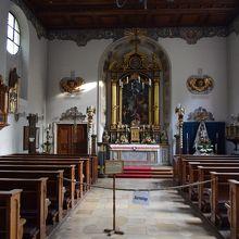 素朴な教会です