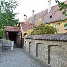 防空壕の入口