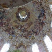 修道院内の装飾は、綺麗でした