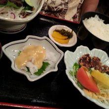 鯨の定食 2000円