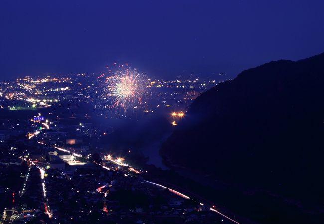 「さかほぎ祭り」爆裂大花火