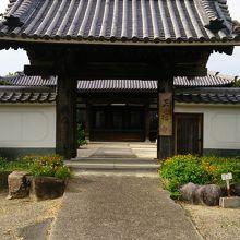 映画の撮影でも使われたお寺