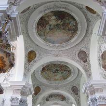 天井フレスコ画