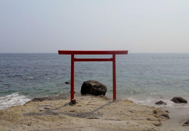 千鳥ヶ浜海水浴場に行ったら足をのばして観てほしいスポット