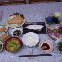2日目の夕食(1人分)