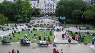パリの観光スタート地点